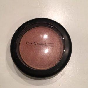 Mac cosmetics warm soul